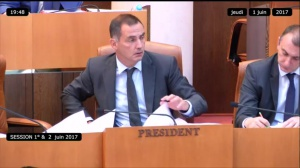 Vif débat sur les Échecs à l'Assemblée de Corse