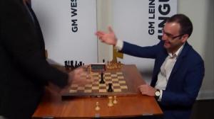 N°33 - Champions Showdown